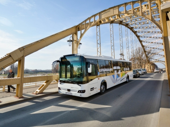 Győrben tesztelik a legújabb magyar buszt - ez történt a 12. héten