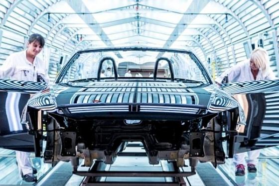 Az Audi, az Opel és a Bosch szakszervezetei is tiltakoznak - Ez történt a 16. héten