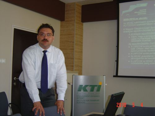 Dr. Rappensberger Csaba, akinek munkáját megköszönték.